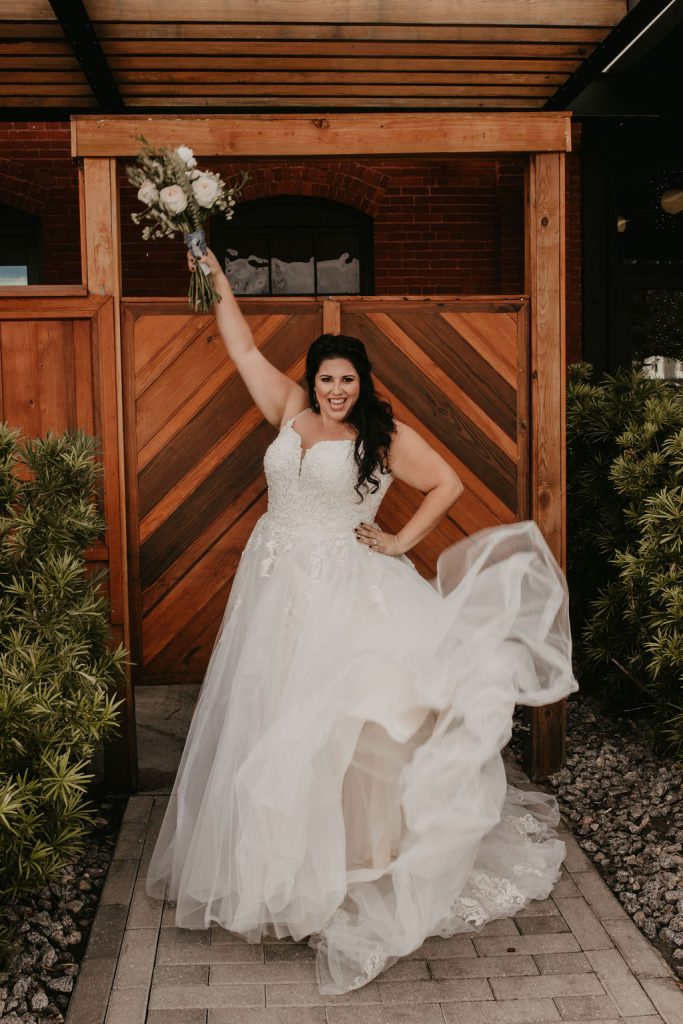 Plus Size & Curvy Bride Trunk Show. Desktop Image